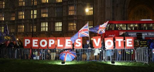 UK: Britons favour second Brexit referendum