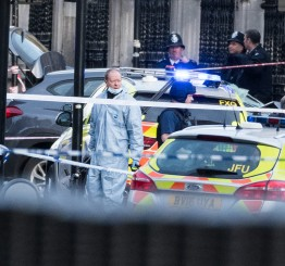 UK: 5 die, assailant killed in Westminster 'terror attack'