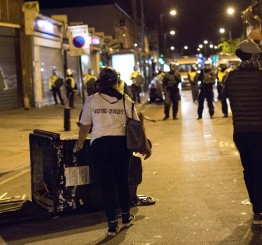 UK: Police battle violent protesters in East London