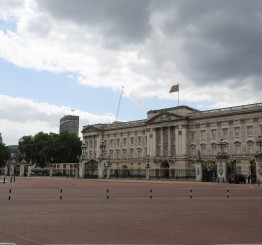 UK: Queen rebukes US President on his rejection of international institutions