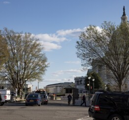 US: Suspect, officer killed in Capitol car ramming