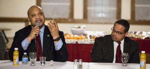 US: Muslim lawmakers tackle Islamophobia in US president race