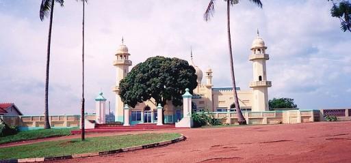 Ugandan Muslims condemn Christian hostility to Islamic banking
