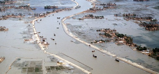 Bangladesh:Cyclone 'Roanu' claims over 20 lives