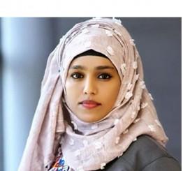 Hijab bodybuilder breaks stereotypes