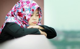 Primary school girls quizzed about hijab