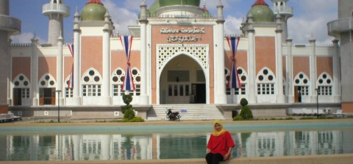 Thailand: 18 killed in Thai Muslims tourist boat sinking